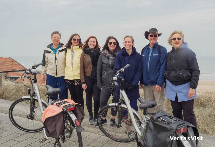 2.5 hour the hague bike tour beyond borders
