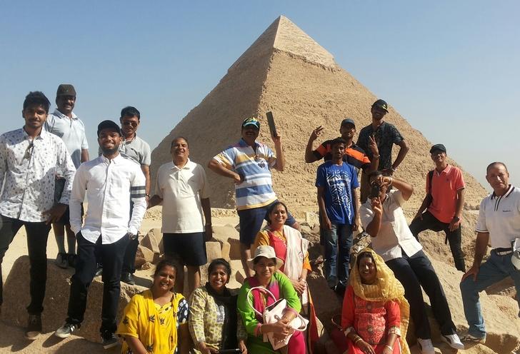 Giza, saqqara & memphis  private day tour